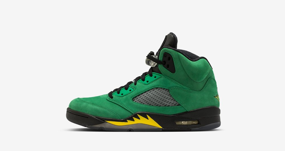 09025ce02e85 A brief history of all of the Oregon Ducks  Air Jordan exclusives